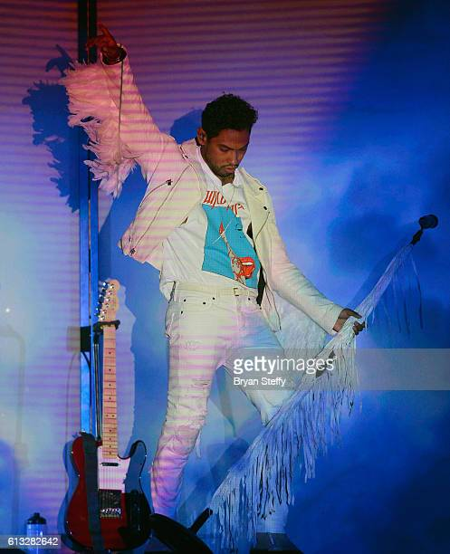 Recording artist Miguel performs during Sia's Nostalgic for the Present tour at the Mandalay Bay Events Center on October 7 2016 in Las Vegas Nevada