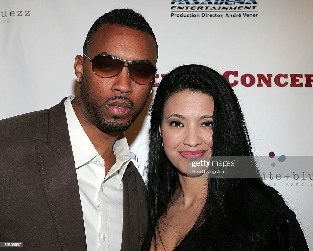 Recording artist Montell Jordan (L) and wife Kristin Hudson attend the ...