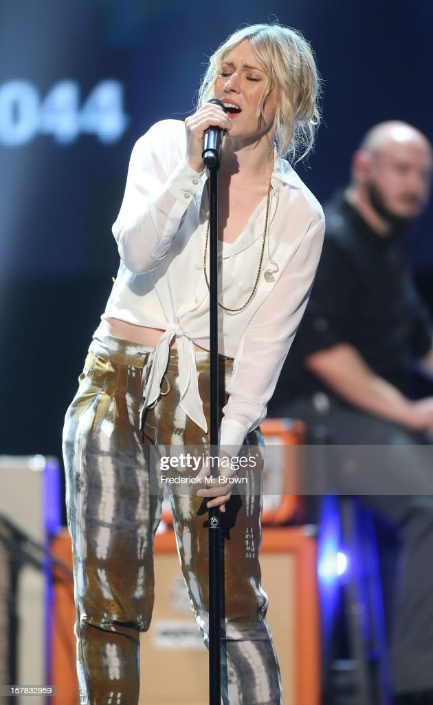 Recording artist Natasha Bedingfield performs during rehearsals for the American Giving Awards Presented By Chase at the Pasadena Civic Auditorium on...