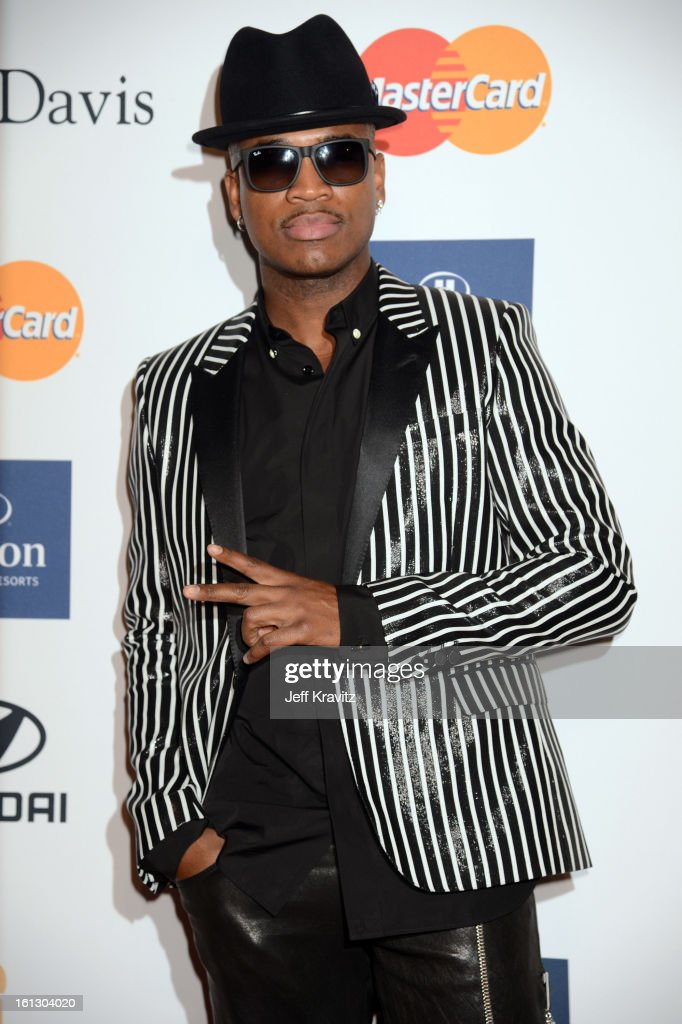 Recording artist <a gi-track='captionPersonalityLinkClicked' href=/galleries/search?phrase=Ne-Yo&family=editorial&specificpeople=451543 ng-click='$event.stopPropagation()'>Ne-Yo</a> arrives at Clive Davis and The Recording Academy's 2013 GRAMMY Salute to Industry Icons Gala held at The Beverly Hilton Hotel on February 9, 2013 in Beverly Hills, California.