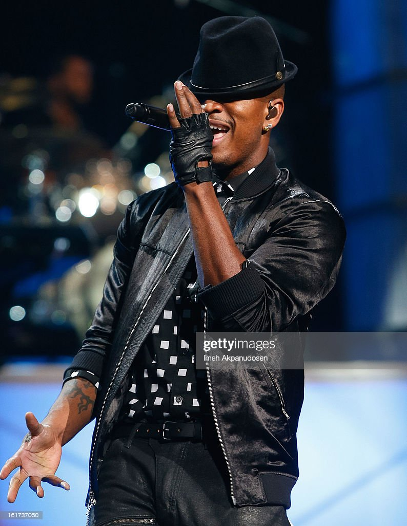 Recording artist <a gi-track='captionPersonalityLinkClicked' href=/galleries/search?phrase=Ne-Yo&family=editorial&specificpeople=451543 ng-click='$event.stopPropagation()'>Ne-Yo</a> performs onstage at Power 106's Valentine's Day concert at Nokia Theatre L.A. Live on February 14, 2013 in Los Angeles, California.
