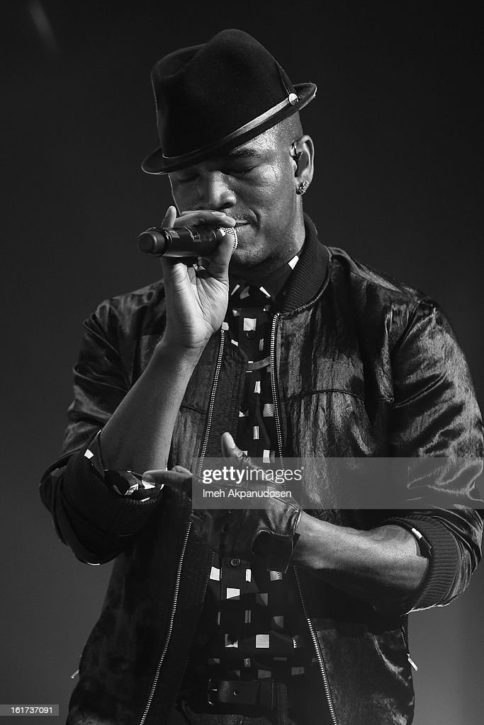 Recording artist Ne-Yo performs onstage at Power 106's Valentine's Day concert at Nokia Theatre L.A. Live on February 14, 2013 in Los Angeles, California.