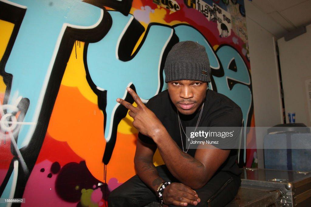 Recording artist Ne-Yo visits fuse Studios on November 5, 2012 in New York City.