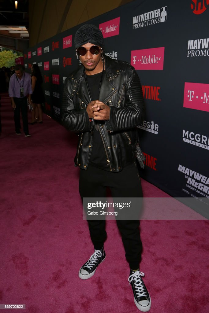 Recording artist Nick Cannon arrives on T-Mobile's magenta carpet duirng the Showtime, WME IME and Mayweather Promotions VIP Pre-Fight Party for Mayweather vs. McGregor at T-Mobile Arena on August 26, 2017 in Las Vegas, Nevada.