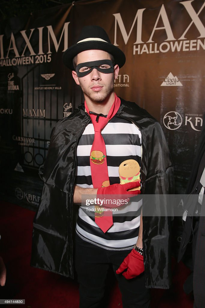 Recording artist <a gi-track='captionPersonalityLinkClicked' href=/galleries/search?phrase=Nick+Jonas&family=editorial&specificpeople=842713 ng-click='$event.stopPropagation()'>Nick Jonas</a> attends the Maxim Halloween Party Presented By Karma International on October 24, 2015 in Los Angeles, California.