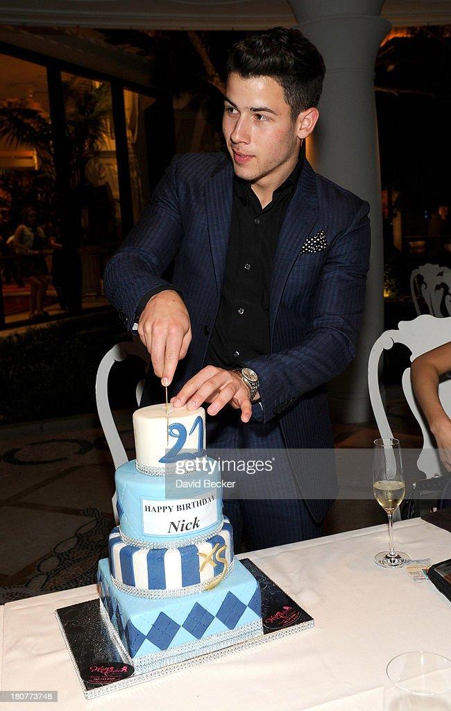 Recording artist Nick Jonas celebrates his 21st birthday at Botero at Encore Las Vegas on September 16, 2013 in Las Vegas, Nevada.