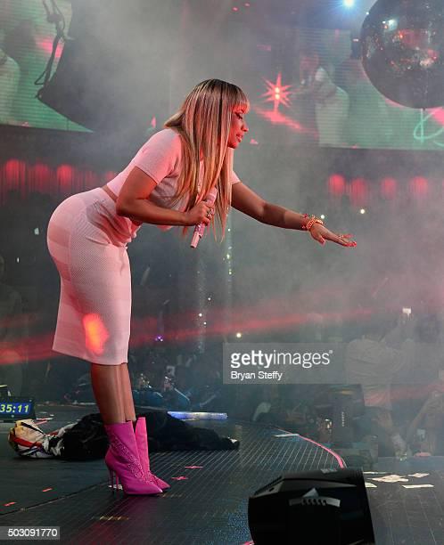 Recording artist Nicki Minaj performs at Drai's Beach Club Nightclub at the Cromwell Las Vegas during a New Year's Eve performance on December 31...