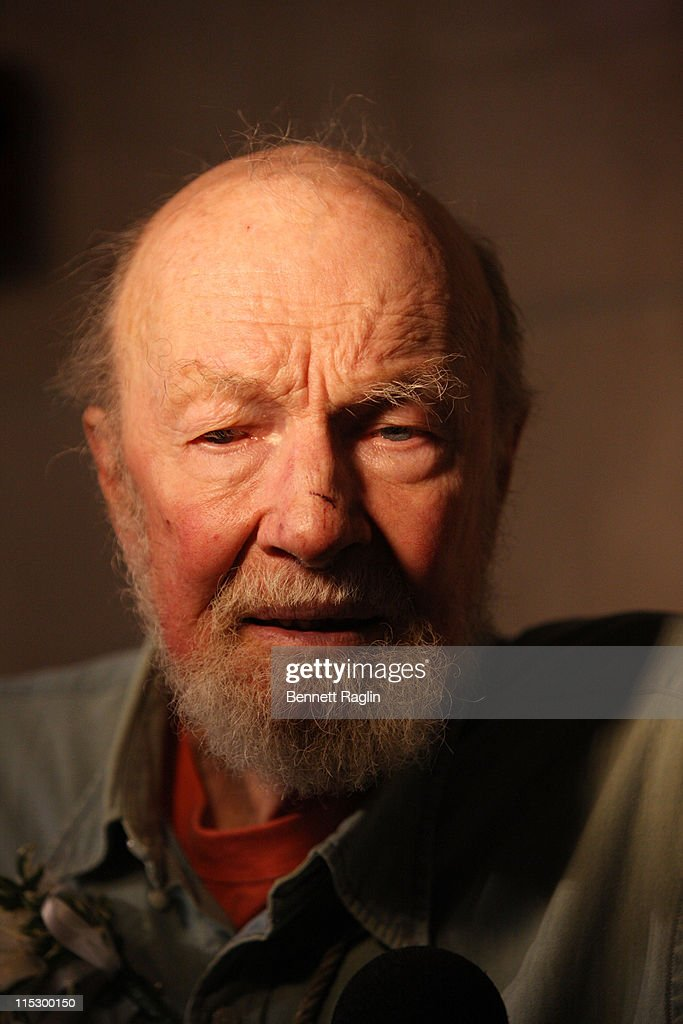 Recording artist <a gi-track='captionPersonalityLinkClicked' href=/galleries/search?phrase=Pete+Seeger&family=editorial&specificpeople=213821 ng-click='$event.stopPropagation()'>Pete Seeger</a> attends the memorial celebration for Odetta at Riverside Church on February 24, 2009 in New York City.