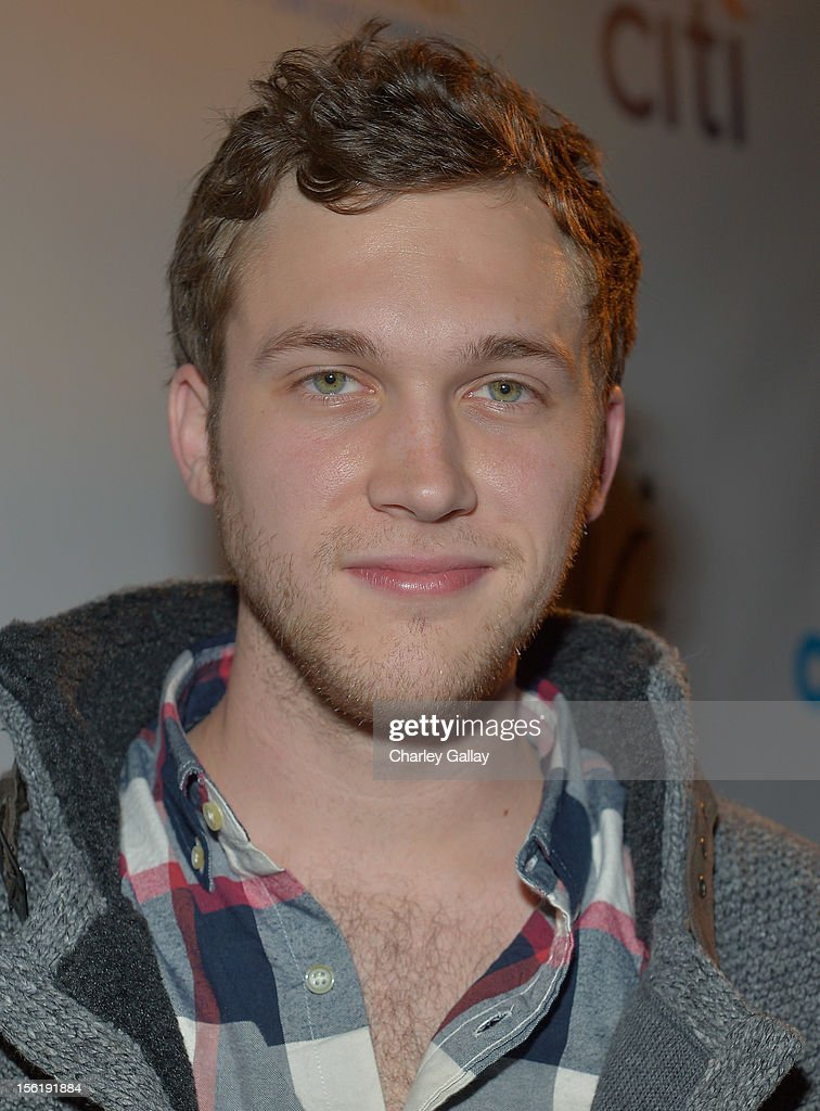 Recording artist <a gi-track='captionPersonalityLinkClicked' href=/galleries/search?phrase=Phillip+Phillips&family=editorial&specificpeople=1651494 ng-click='$event.stopPropagation()'>Phillip Phillips</a> attends The Grove's 10th Annual Star Studded Holiday Tree Lighting Spectacular Presented By Citi at The Grove on November 11, 2012 in Los Angeles, California.