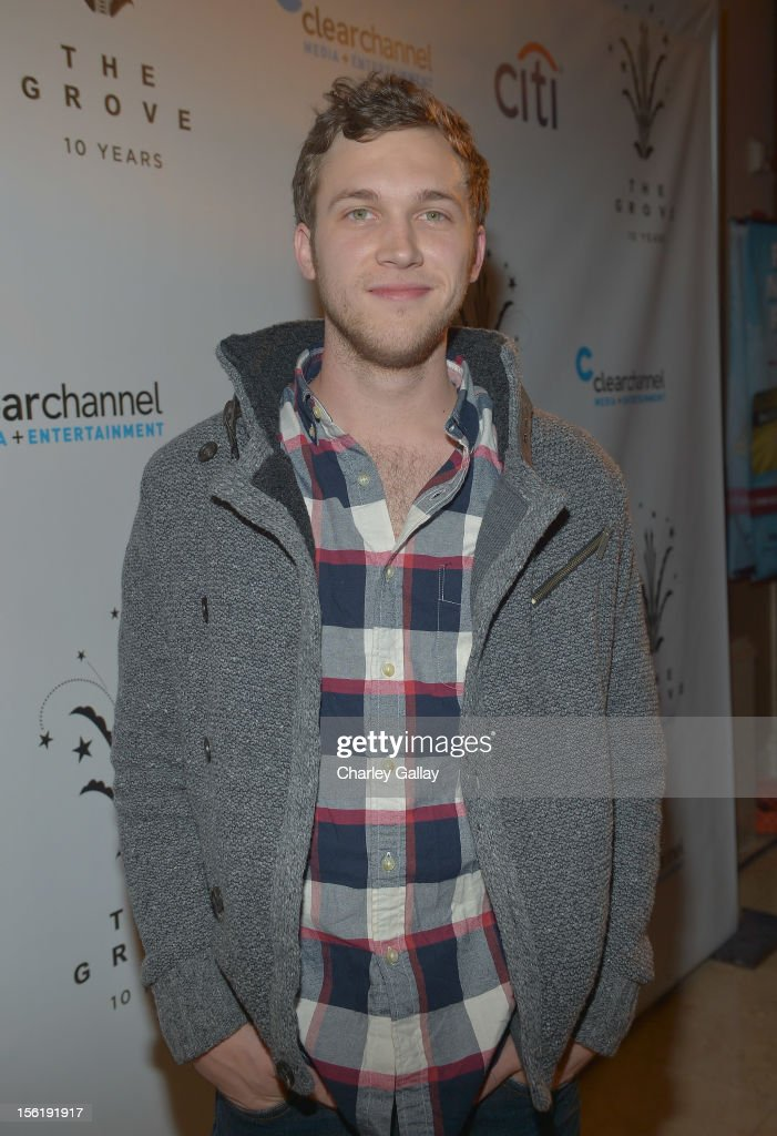 Recording artist Phillip Phillips attends The Grove's 10th Annual Star Studded Holiday Tree Lighting Spectacular Presented By Citi at The Grove on November 11, 2012 in Los Angeles, California.