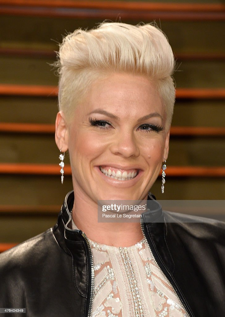 Recording artist Pink attends the 2014 Vanity Fair Oscar Party hosted by Graydon Carter on March 2 2014 in West Hollywood California