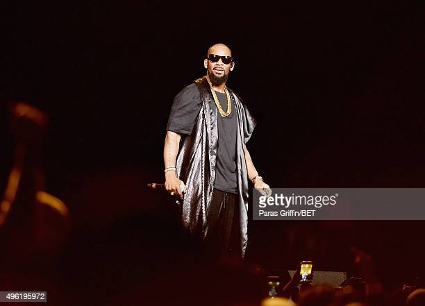 Recording artist R Kelly perfoms onstage during the Soul Train Weekend Concert 2015 at the Mandalay Bay Events Center on November 7 2015 in Las Vegas...