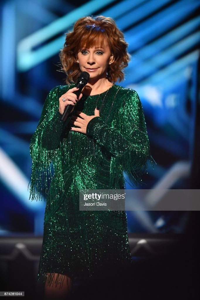Recording Artist Reba McEntire performs on stage during 2017 CMA Country Christmas at The Grand Ole Opry on November 14, 2017 in Nashville, Tennessee.