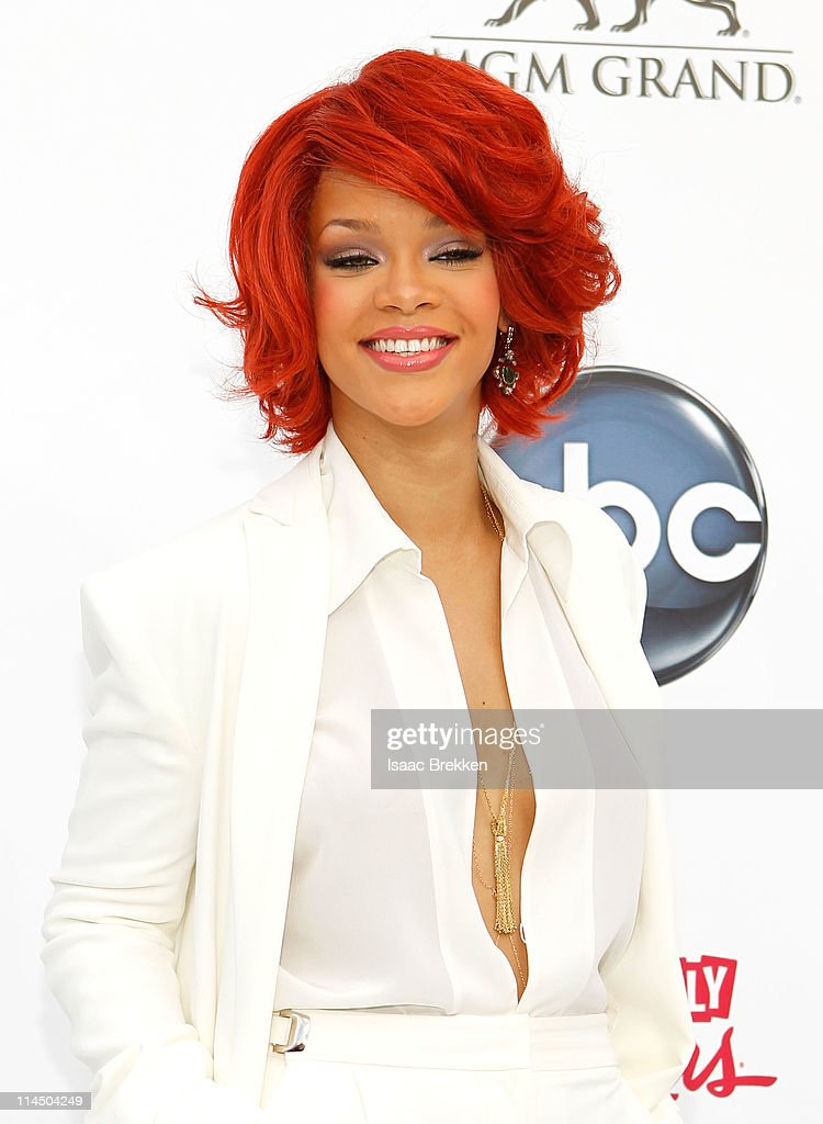 Recording artist <a gi-track='captionPersonalityLinkClicked' href=/galleries/search?phrase=Rihanna&family=editorial&specificpeople=453439 ng-click='$event.stopPropagation()'>Rihanna</a> arrives at the 2011 Billboard Music Awards at the MGM Grand Garden Arena May 22, 2011 in Las Vegas, Nevada.