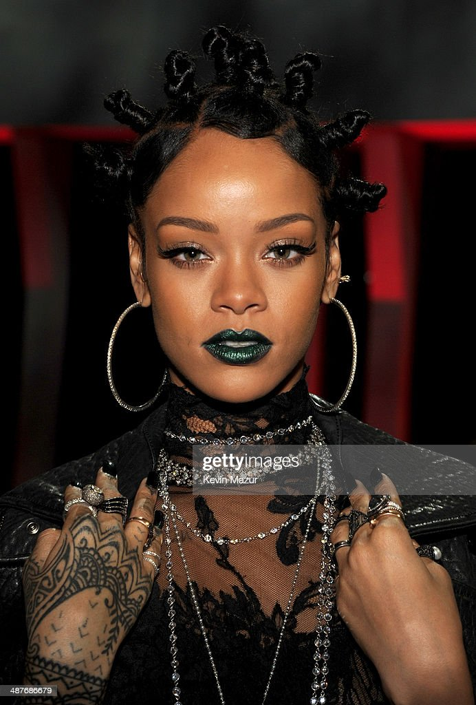 Recording artist <a gi-track='captionPersonalityLinkClicked' href=/galleries/search?phrase=Rihanna&family=editorial&specificpeople=453439 ng-click='$event.stopPropagation()'>Rihanna</a> in the audience at the 2014 iHeartRadio Music Awards held at The Shrine Auditorium on May 1, 2014 in Los Angeles, California. iHeartRadio Music Awards are being broadcast live on NBC.