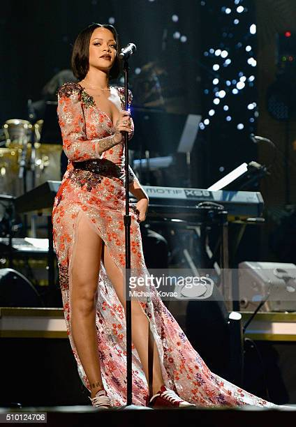 Recording artist Rihanna performs onstage during the 2016 MusiCares Person of the Year honoring Lionel Richie at the Los Angeles Convention Center on...