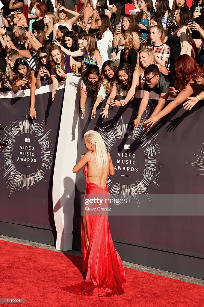 Recording artist Rita Ora attends the 2014 MTV Video Music Awards at The Forum on August 24, 2014 in Inglewood, California.