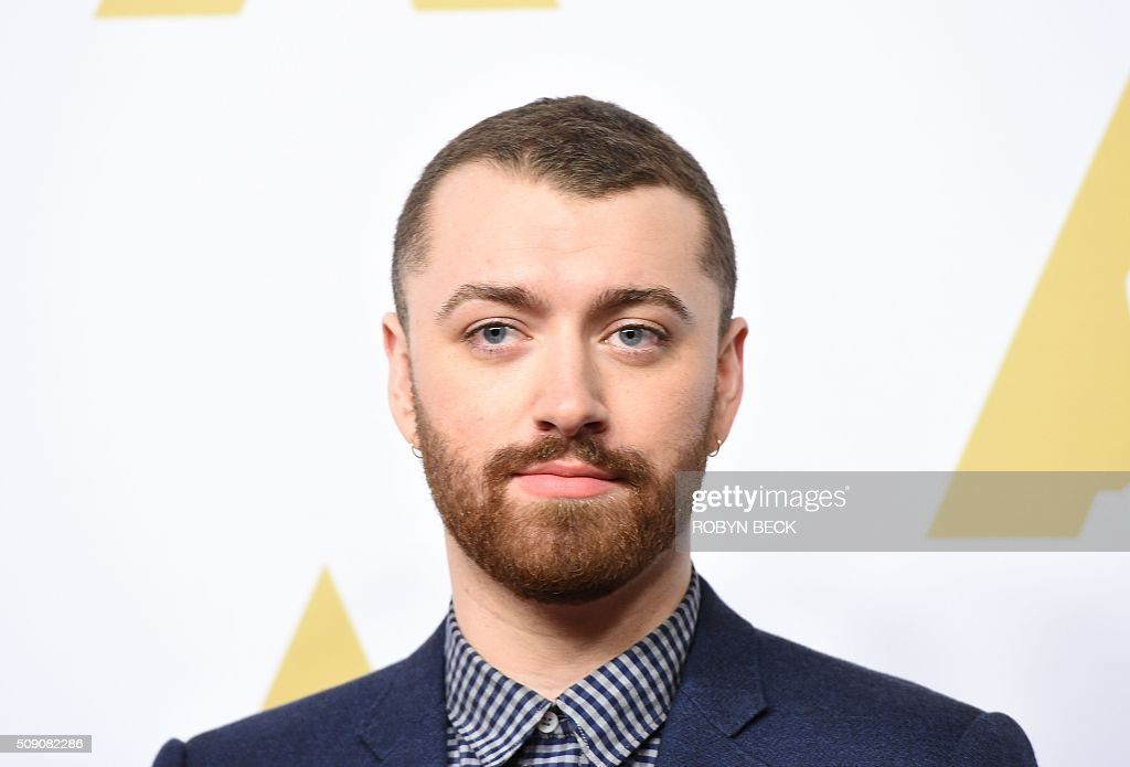 Recording artist Sam Smith arrives at the 88th Oscar Nominees Luncheon in Beverly Hills, California, February 8, 2016 / AFP / ROBYN BECK