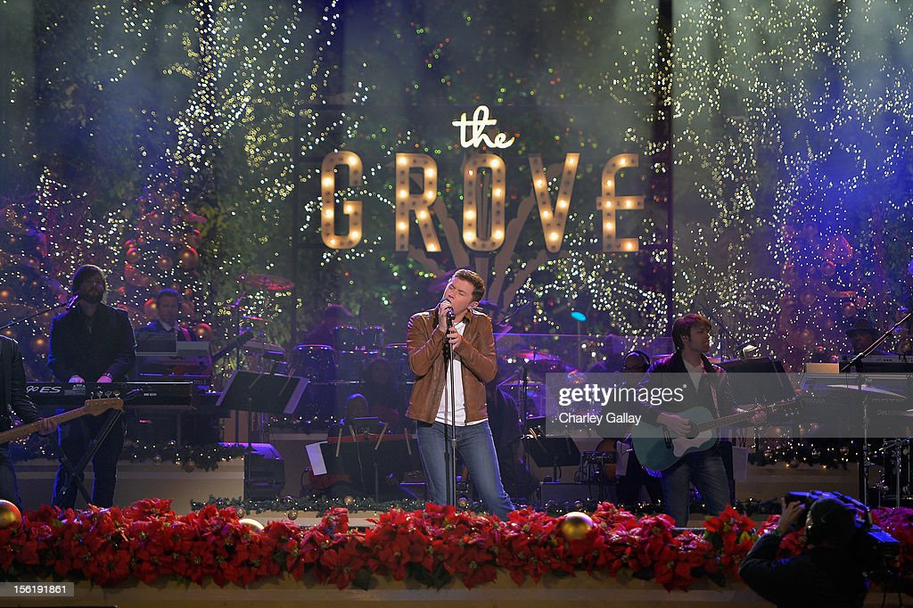 Recording artist <a gi-track='captionPersonalityLinkClicked' href=/galleries/search?phrase=Scotty+McCreery&family=editorial&specificpeople=7520936 ng-click='$event.stopPropagation()'>Scotty McCreery</a> performs at The Grove's 10th Annual Star Studded Holiday Tree Lighting Spectacular Presented By Citi at The Grove on November 11, 2012 in Los Angeles, California.