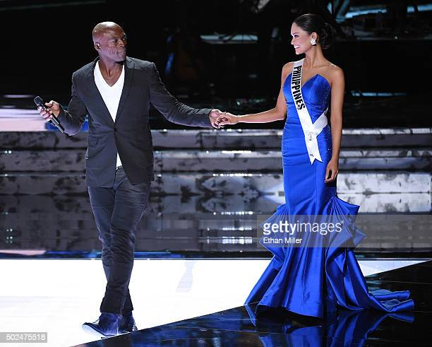 Recording artist Seal performs as Miss Philippines 2015 Pia Alonzo Wurtzbach walks onstage during the 2015 Miss Universe Pageant at The Axis at...