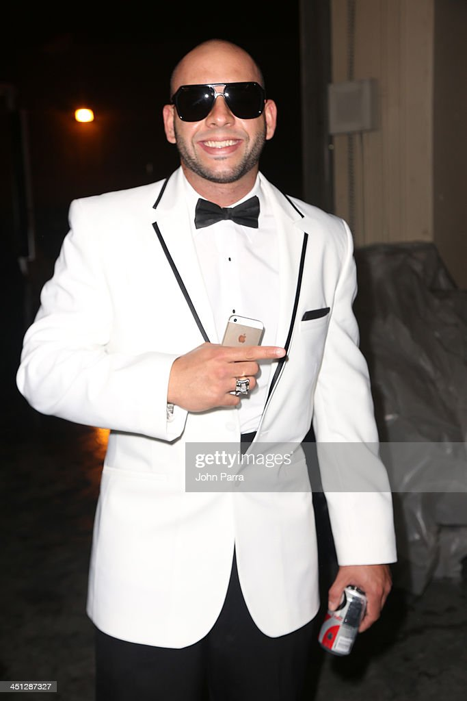 Recording artist Sessino attends The 14th Annual Latin GRAMMY Awards at the Mandalay Bay Events Center on November 21, 2013 in Las Vegas, Nevada.