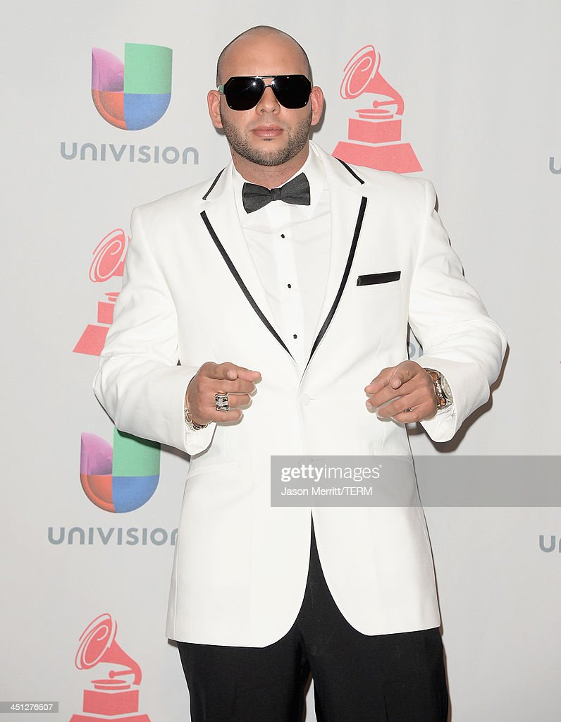 Recording artist Sessino poses in the press room at the 14th Annual Latin GRAMMY Awards held at the Mandalay Bay Events Center on November 21, 2013 in Las Vegas, Nevada.