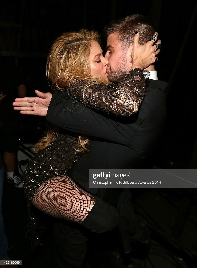 Recording artist Shakira (L) and professional soccer player Gerard Piqué attend the 2014 Billboard Music Awards at the MGM Grand Garden Arena on May 18, 2014 in Las Vegas, Nevada.