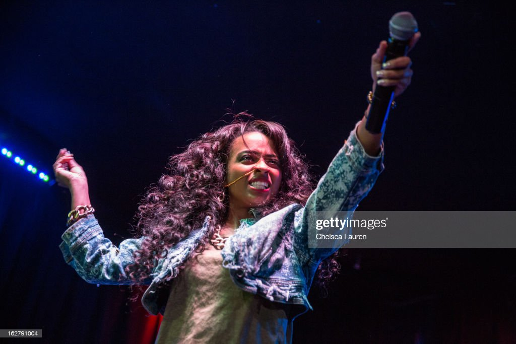 Recording artist Shanell performs at the 'Love, Life & Reality' show at Federal Bar on February 26, 2013 in Hollywood, California.