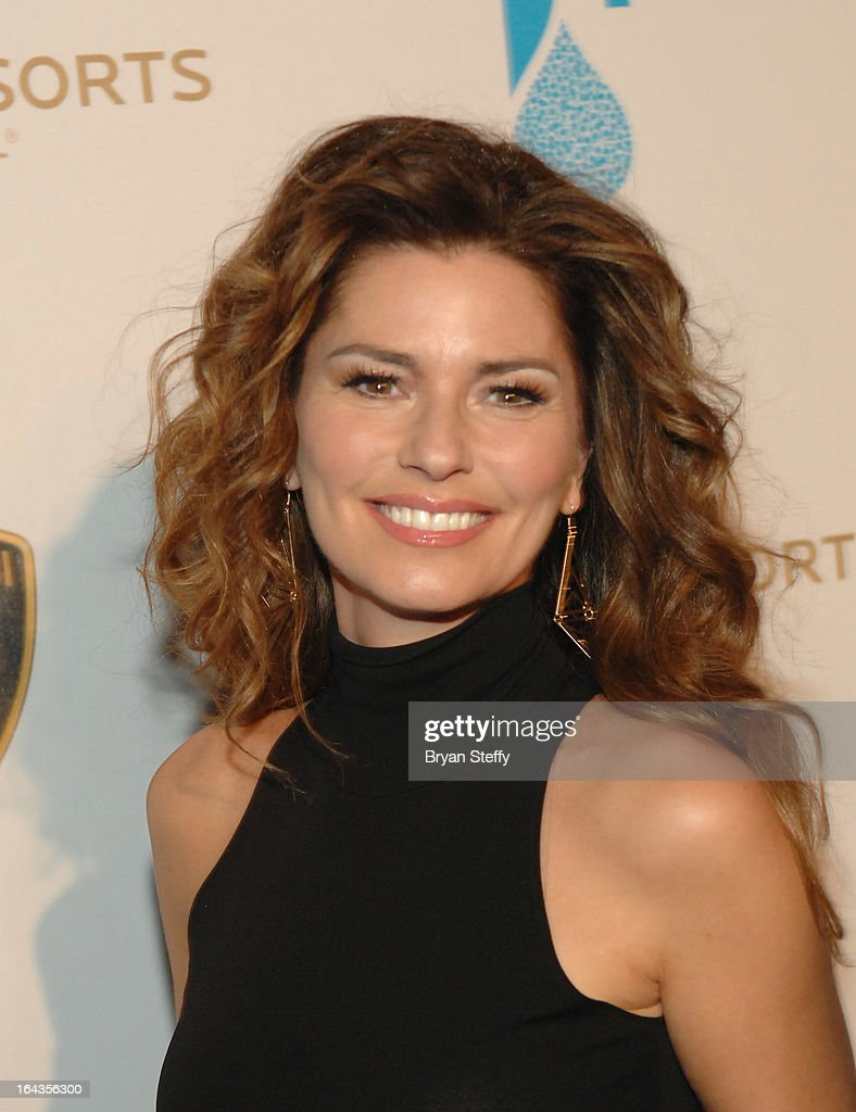 Recording artist Shania Twain arrives at Cirque du Soleil's 'One Night for ONE DROP' at Hyde Bellagio at the Bellagio on March 22, 2013 in Las Vegas, Nevada.
