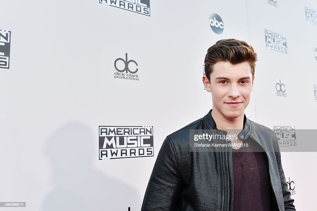 Recording artist Shawn Mendes attends the 2015 American Music Awards at Microsoft Theater on November 22, 2015 in Los Angeles, California.