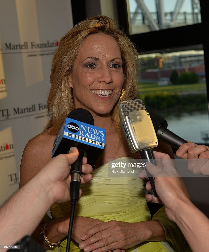 Recording Artist Sheryl Crow attends the 14th annual T.J. Martell Foundation Nashville Best Cellars dinner at the Bridge Building on April 29, 2013 in Nashville, Tennessee.