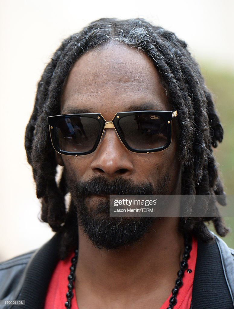 Recording artist Snoop Dogg attends Spike TV's 'Guys Choice 2013' at Sony Pictures Studios on June 8, 2013 in Culver City, California.