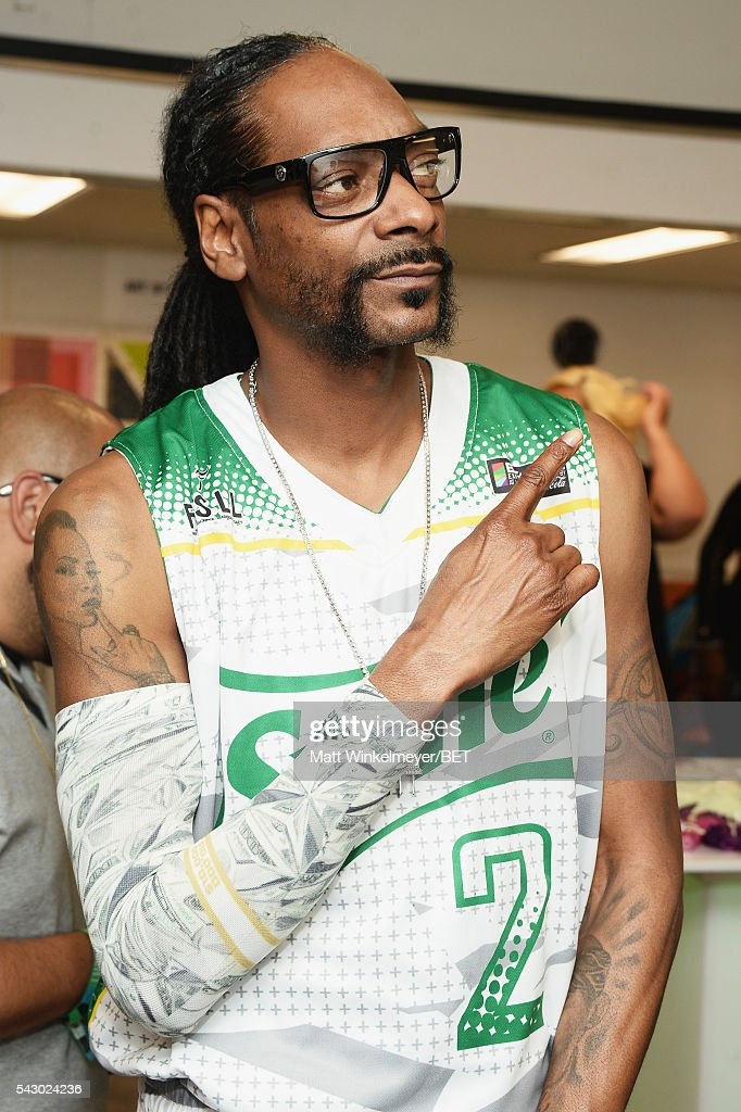 Recording artist Snoop Dogg attends the BETX gifting suite during the 2016 BET Experience on June 25, 2016 in Los Angeles, California.