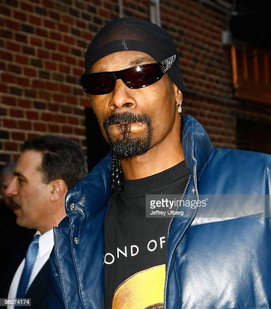 Recording artist Snoop Dogg visits 'Late Show With David Letterman' at the Ed Sullivan Theater on March 16 2010 in New York City
