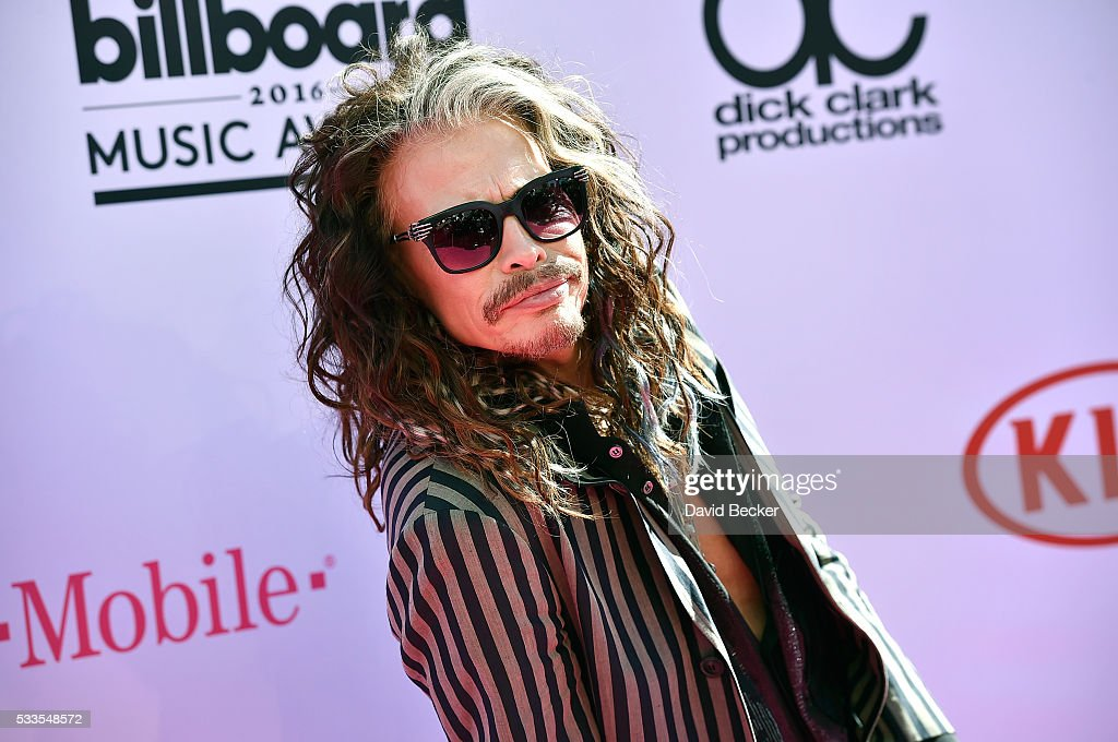 Recording artist <a gi-track='captionPersonalityLinkClicked' href=/galleries/search?phrase=Steven+Tyler+-+Musician&family=editorial&specificpeople=202080 ng-click='$event.stopPropagation()'>Steven Tyler</a> of Aerosmith attends the 2016 Billboard Music Awards at T-Mobile Arena on May 22, 2016 in Las Vegas, Nevada.