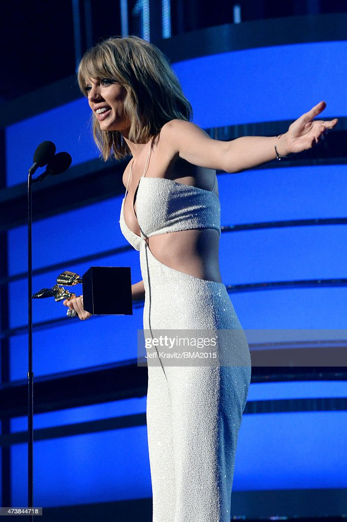 Recording artist Taylor Swift accepts the Top Female Artist award onstage during the 2015 Billboard Music Awards at MGM Grand Garden Arena on May 17, 2015 in Las Vegas, Nevada.
