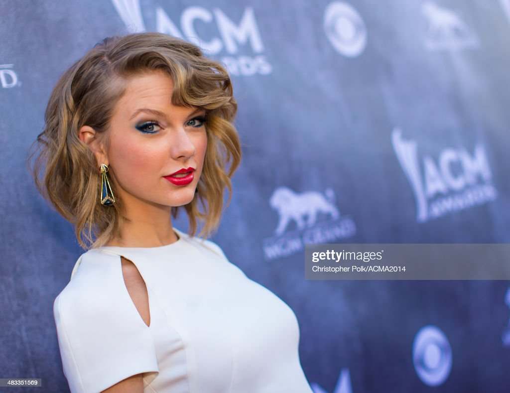 Recording artist <a gi-track='captionPersonalityLinkClicked' href=/galleries/search?phrase=Taylor+Swift&family=editorial&specificpeople=619504 ng-click='$event.stopPropagation()'>Taylor Swift</a> attends the 49th Annual Academy of Country Music Awards at the MGM Grand Garden Arena on April 6, 2014 in Las Vegas, Nevada.