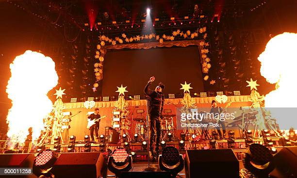 Recording artist The Weeknd performs onstage during 1027 KIIS FM's Jingle Ball 2015 Presented by Capital One at STAPLES CENTER on December 4 2015 in...