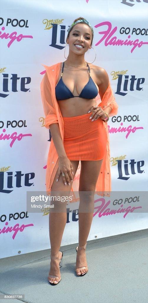 Recording artist Tinashe arrives at the Flamingo Go pool at Flamingo Las Vegas on August 12, 2017 in Las Vegas, Nevada.