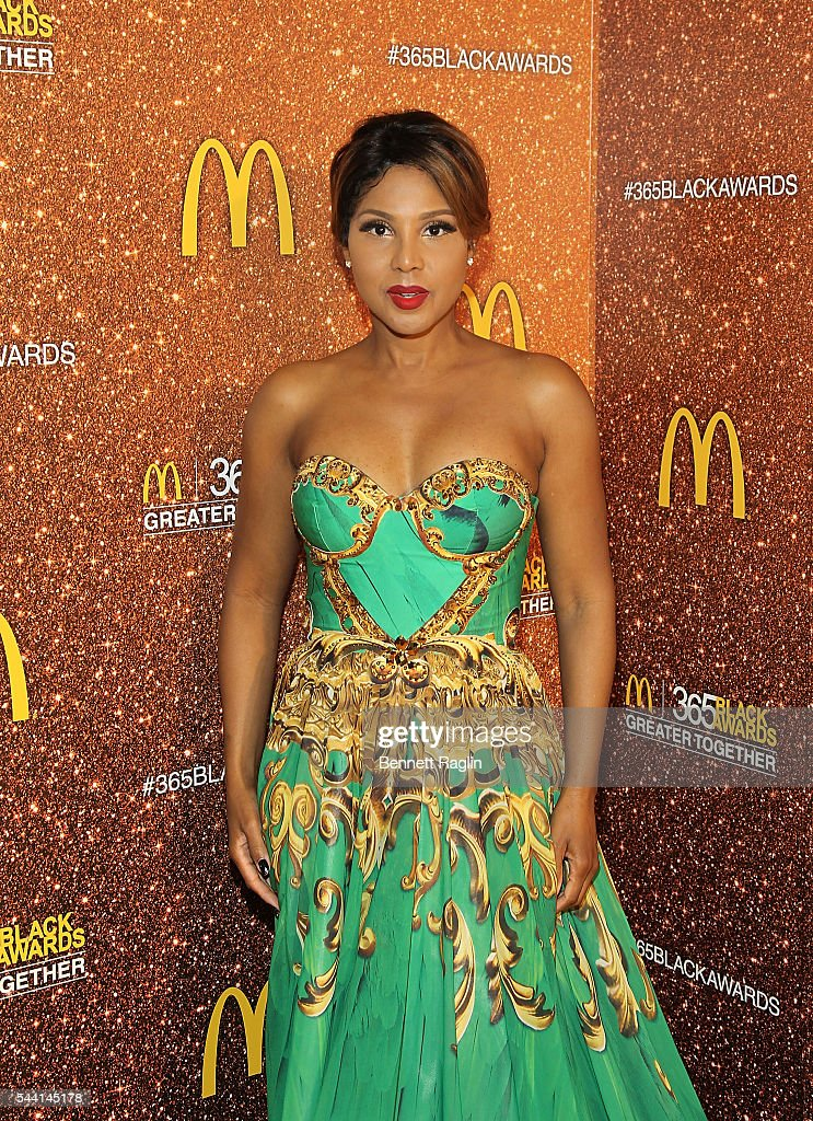 Recording artist <a gi-track='captionPersonalityLinkClicked' href=/galleries/search?phrase=Toni+Braxton&family=editorial&specificpeople=213737 ng-click='$event.stopPropagation()'>Toni Braxton</a> attends the 13th Annual McDonald's 365Black Awards on July 1, 2016 in New Orleans, Louisiana.
