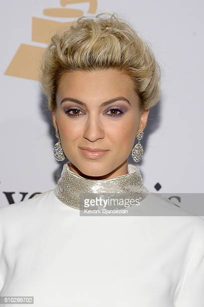Recording artist Tori Kelly attends the 2016 PreGRAMMY Gala and Salute to Industry Icons honoring Irving Azoff at The Beverly Hilton Hotel on...