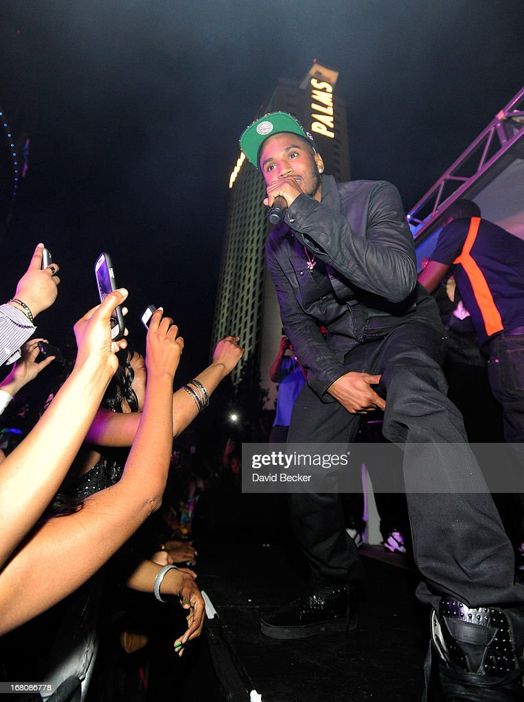 Recording artist <a gi-track='captionPersonalityLinkClicked' href=/galleries/search?phrase=Trey+Songz&family=editorial&specificpeople=674835 ng-click='$event.stopPropagation()'>Trey Songz</a> performs during the Fight Night after party at the Palms Casino Resort on May 4, 2013 in Las Vegas, Nevada.