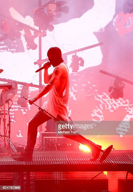 Recording artist Tyler Joseph of Twenty One Pilots performs onstage during the 2016 American Music Awards held at Microsoft Theater on November 20...
