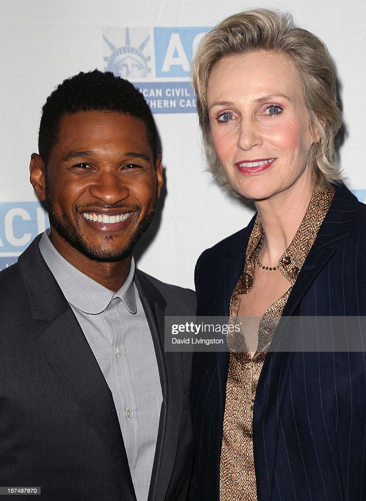 Recording artist Usher (L) and actress <a gi-track='captionPersonalityLinkClicked' href=/galleries/search?phrase=Jane+Lynch&family=editorial&specificpeople=663918 ng-click='$event.stopPropagation()'>Jane Lynch</a> attend the ACLU of Southern California's 2012 Bill of Rights Dinner at the Beverly Wilshire Four Seasons Hotel on December 3, 2012 in Beverly Hills, California.
