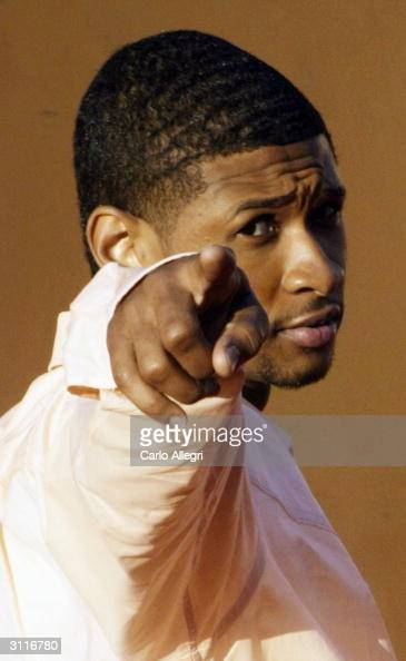 Recording artist Usher attends 'The 18th Annual Soul Train Music Awards' held at the International Cultural Center on March 20 2004 in Los Angeles...