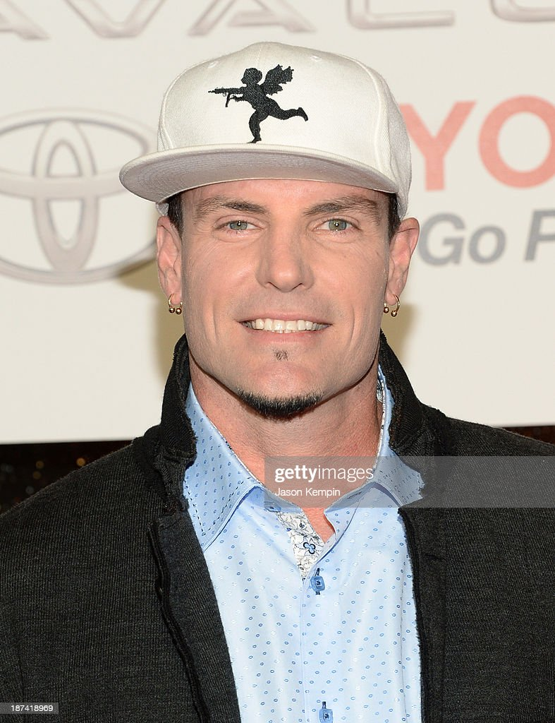 Recording Artist <a gi-track='captionPersonalityLinkClicked' href=/galleries/search?phrase=Vanilla+Ice&family=editorial&specificpeople=228351 ng-click='$event.stopPropagation()'>Vanilla Ice</a> attends the Soul Train Awards 2013 at the Orleans Arena on November 8, 2013 in Las Vegas, Nevada.