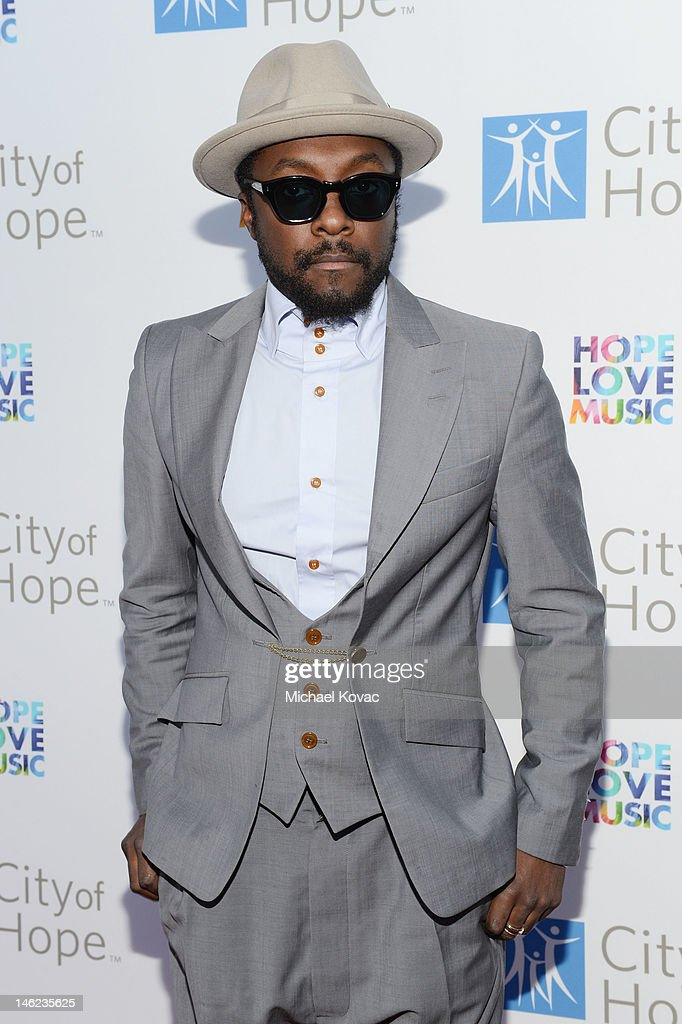 Recording artist will.i.am arrives at City Of Hope Honors Clear Channel CEO Bob Pittman With Spirit Of Life Award - Red Carpet at The Geffen Contemporary at MOCA on June 12, 2012 in Los Angeles, California.
