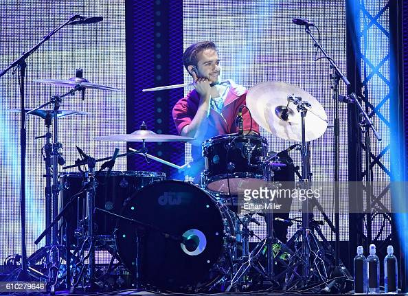 Recording artist Zedd performs during his appearance with recording artist Ariana Grande onstage at the 2016 iHeartRadio Music Festival at TMobile...