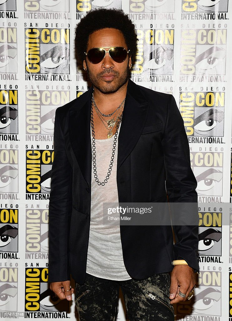 Recording artist/actor <a gi-track='captionPersonalityLinkClicked' href=/galleries/search?phrase=Lenny+Kravitz&family=editorial&specificpeople=171613 ng-click='$event.stopPropagation()'>Lenny Kravitz</a> attends Lionsgate's 'The Hunger Games: Catching Fire' and 'I, Frankenstein' press line during Comic-Con International 2013 at the Hilton Bayfront on July 20, 2013 in San Diego, California.