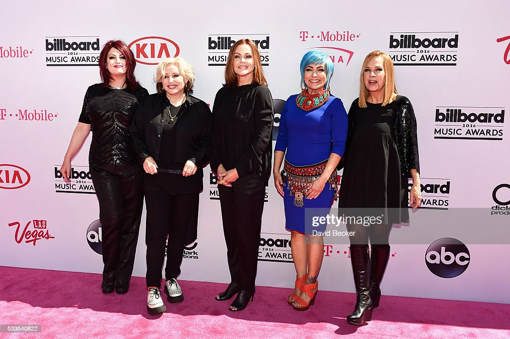 Recording artists Abby Travis Gina Schock Belinda Carlisle Jane Wiedlin and Charlotte Caffey of music group The GoGo's attend the 2016 Billboard...